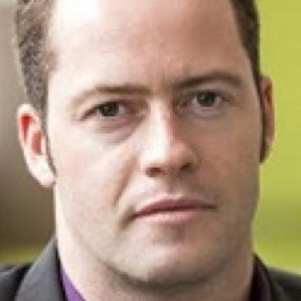 Dr Niall MacDowell